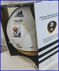 2010 Soccer World Cup Final Match Ball & Spain Photo S. Africa JOBULANI JABULANI