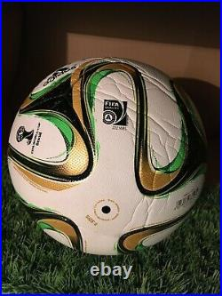 ADIDAS BRAZUCA RIO OF FINAL GAME OF FIFA WORLD CUP 2014 OFFICIAL MATCH BALL s. 5