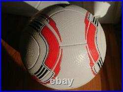 AdidasTorfabrik 2010 Matchball OMB Jabulani Speedcell Footgolf Box soccer