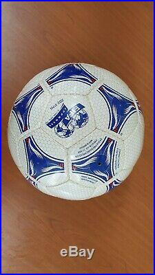 Adidas 1998 France World-cup tricolore Official Match Ball OMB final teamgeist