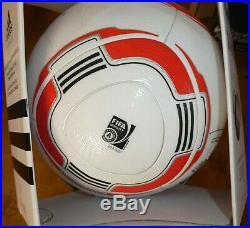 Adidas Ball Torfabrik Bundesliga 2010/11 Matchball Spielball OMB Gr. 5 V00575 NEU