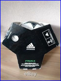 Adidas Finale 8 omb