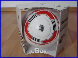 Adidas Fussball Torfabrik OMB 2010/2011 Bundesliga Matchball Jabulani + Box