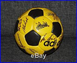 Adidas Munich 70`s Fußball matchball Tango