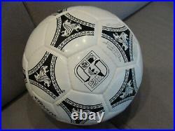 Adidas Spielball Etrusco Unico WM 1990 Italien EM 1992 Schweden Made in Pakistan
