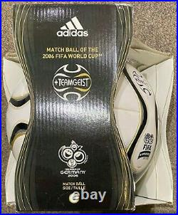Adidas TEAMGEIST Official World Cup Match Ball 2006 Germany size 5