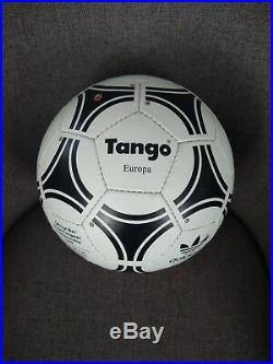 Adidas Tango Europa Euro 1988 Balon Ball. Eurocopa 1988 Alemania Germany Logo