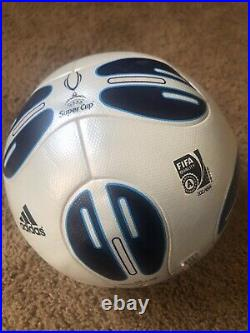 Adidas TeamGeist FIFA Approved Super Cup 2009