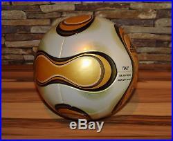 Adidas Teamgeist Finale matchball Fussball world cup 2006 NEU