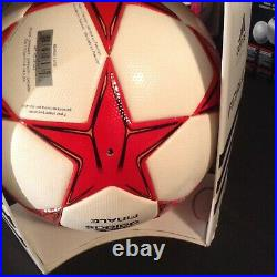 Adidas UEFA Champions League 2011 Finale Final Wembley Official Match Ball OMB