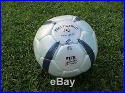 Adidas UEFA Euro 2004 Portugal ROTEIRO Match Ball Replica Football Size 5