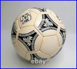 Adidas WM Fussball Etrusco Unico Official ball world cup Italy 1990 matchball
