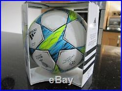 Adidas finale 2012 match ball