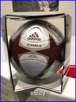 Adidas matchball OMB pallone ball UEFA Champions League Final 2009 Finale Roma