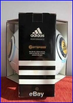 Argentina adidas official terrapass soccer match ball tango argentum vintage
