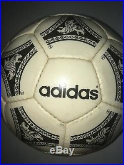 Balón de fútbol Adidas Etrusco Unico 1992 Original