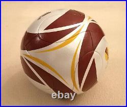 Fussball Europa League Finale 12. Mai 2010 Adidas matchball neu inprint