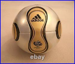 Fussball world cup Deutschland 2006 Teamgeist Adidas matchball neu
