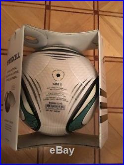 New Adidas speedcell (Jabulani) Official Matchball OMB FIFA size 5 with box
